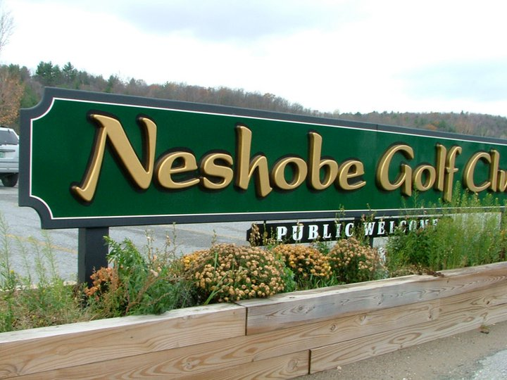 Neshobe Golf Sign